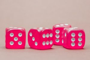roze-dobbelsteen